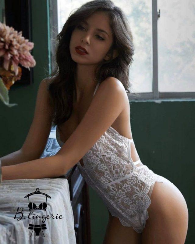 Bodysuit Cổ Yếm Gợi Cảm