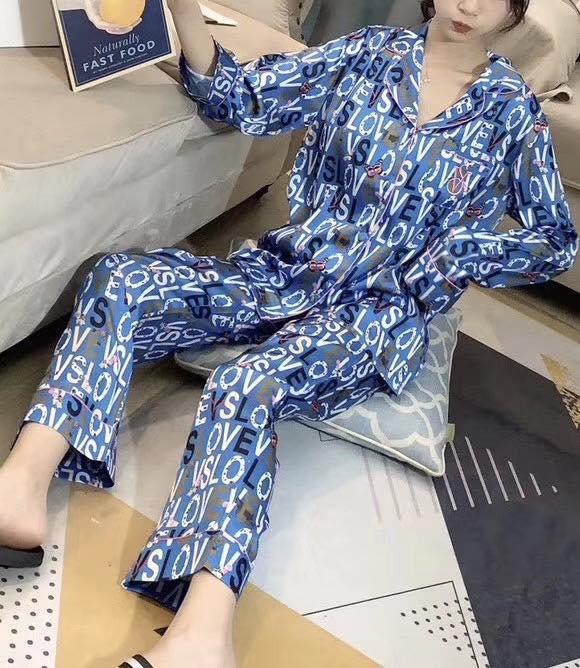 Đồ Ngủ Pijama Xanh Xinh Xắn