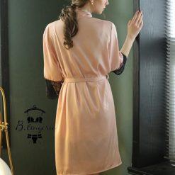 váy ngủ màu hồng