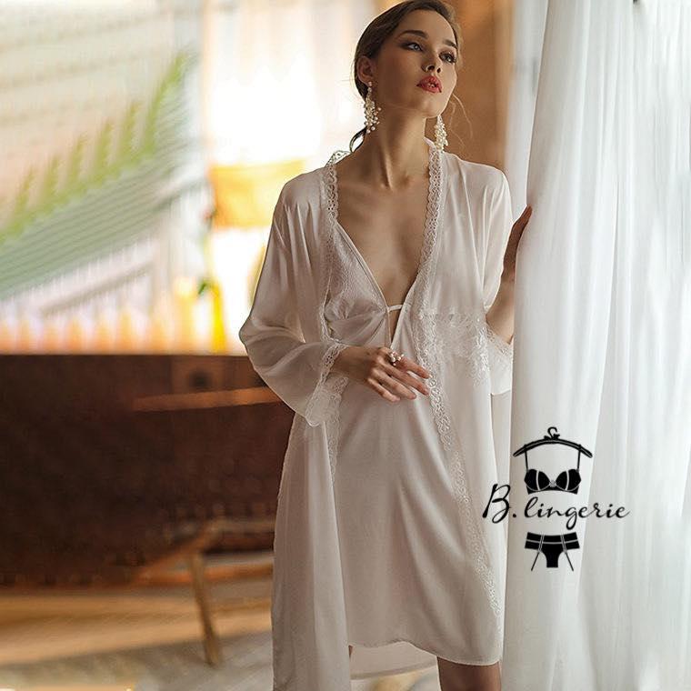 Váy Ngủ Kèm Áo Choàng Trắng