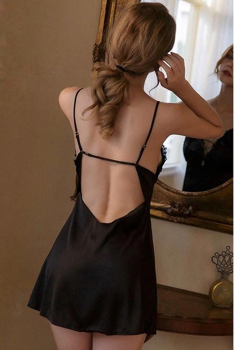 Đầm Ngủ Bằng Vải Lụa Satin