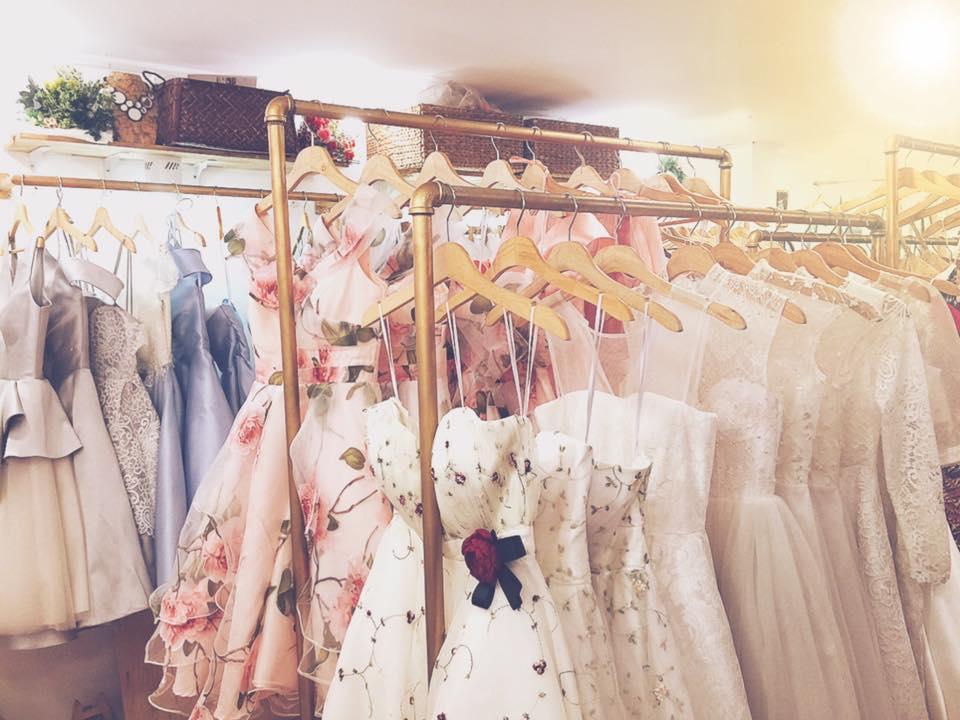 Shop bán váy đẹp khiến chị em mê mẩn