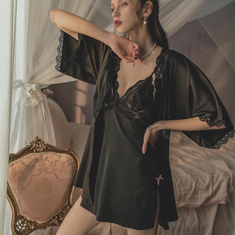 Áo Choàng Ngủ Lụa Satin Ngắn - Blingerie